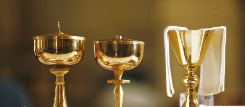 Arts sacrés : objets et vêtements liturgiques
