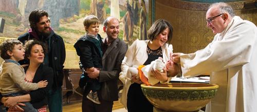 Accompagner les familles vers le baptême